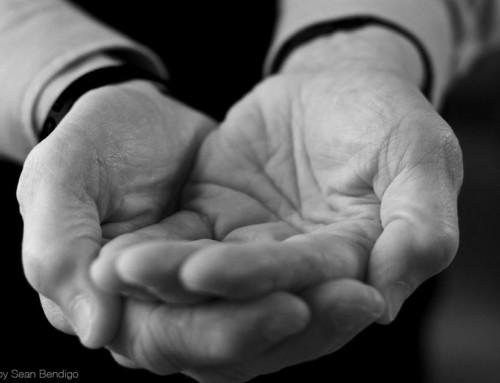 Generosity In Hand: The Generous Hands Project